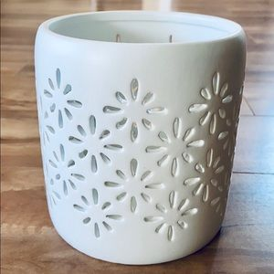 Threshold Small Ceramic Starburst Candle Holder